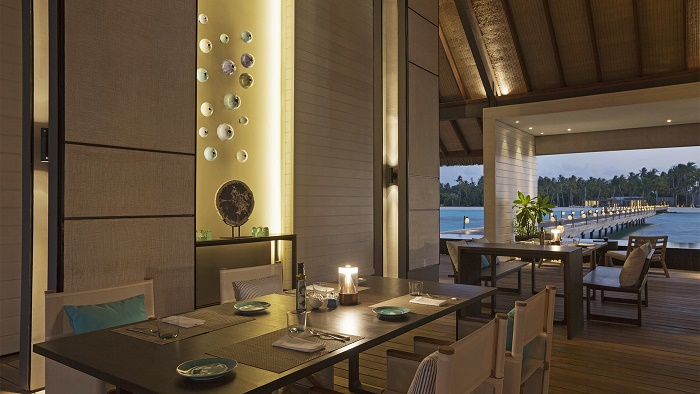 Deelani-Restaurant-Randheli-Maldives-Humphrey-Munson-Blog