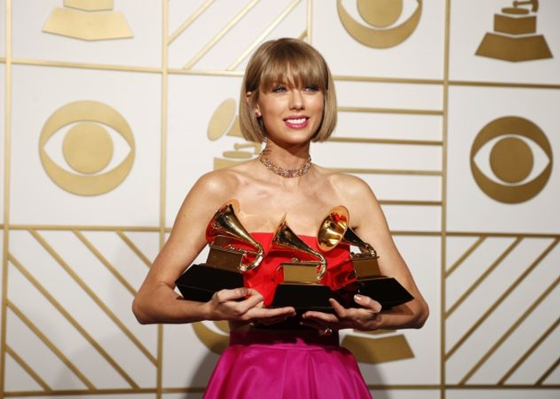1455607188_taylor-swift-was-big-winner-58th-grammy-awards-tile