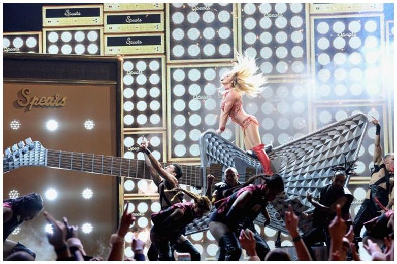 britney-spear-performance-BBMA-show-2016-billboard-1000-b-700x463-tile