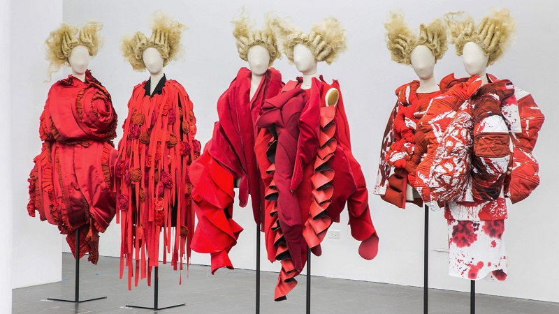 comme-des-garcons-in-between-rei-kawakubo-monograph-fashion-costume-institute-spring-exhibition-metropolitan-museum-art-new-york-usa_dezeen_hero1