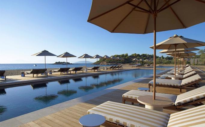 Ελληνικη η καλυτερη πισινα ξενοδοχειου στον κοσμο